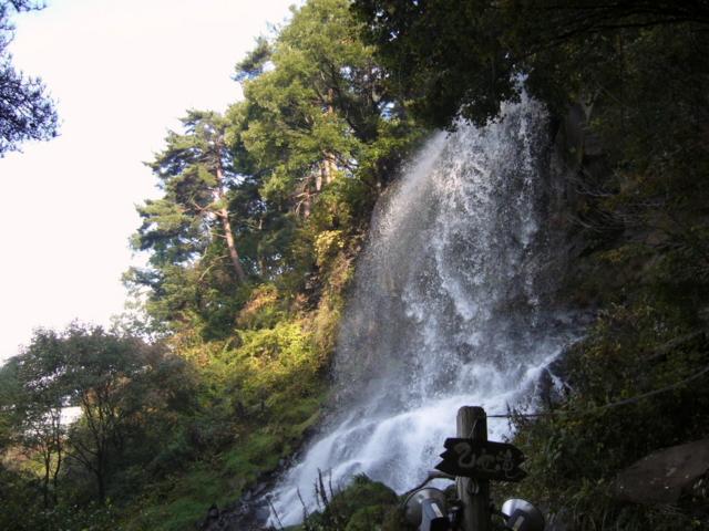横谷渓谷・乙女滝(長野県茅野市)