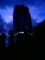 [イベント][風景・景観][夜明け・朝焼け][空][コミケ]夜明け間近のビッグサイト前(2009年12月29日)