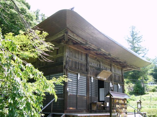 国宝・大法寺三重塔(長野県小県郡青木村)