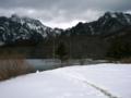 [風景・景観][雪][山][湖]戸隠高原・鏡池にて