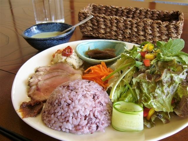 本日の「白馬豚と季節野菜のランチプレート」@かっぱ亭