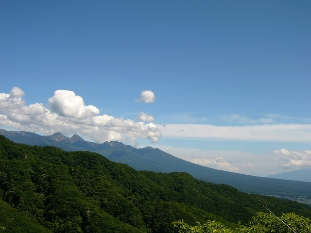 八ヶ岳方面を望む