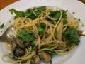 [パスタ]牡蠣と春菊のオイルパスタ