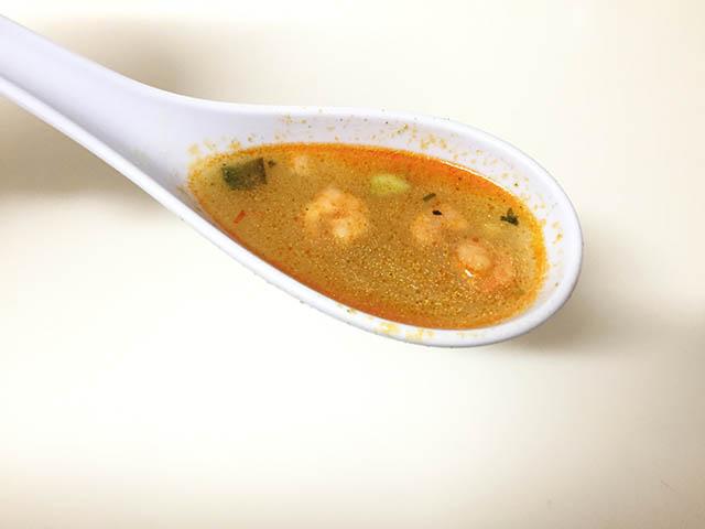 トップバリュ トムヤムクン ヌードル スープ