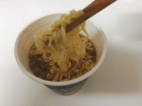 トップバリュ オニオングラタンヌードル 麺