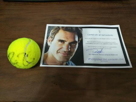 Roger Federer Autographed ball