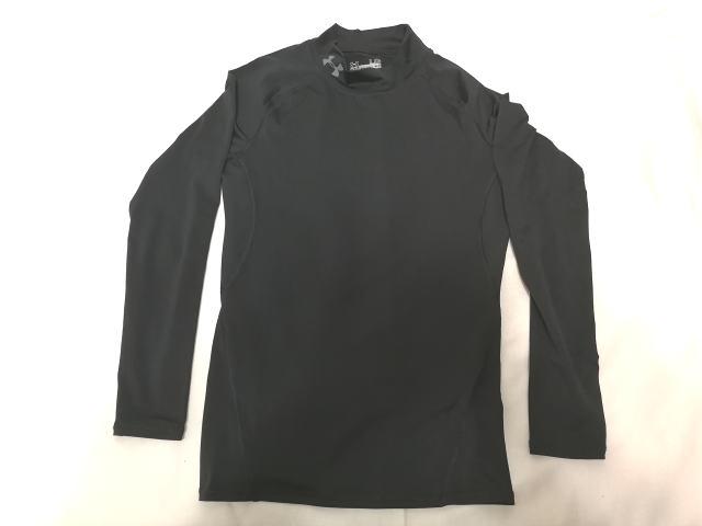 アンダーアーマー コンプレッションシャツ1 正面