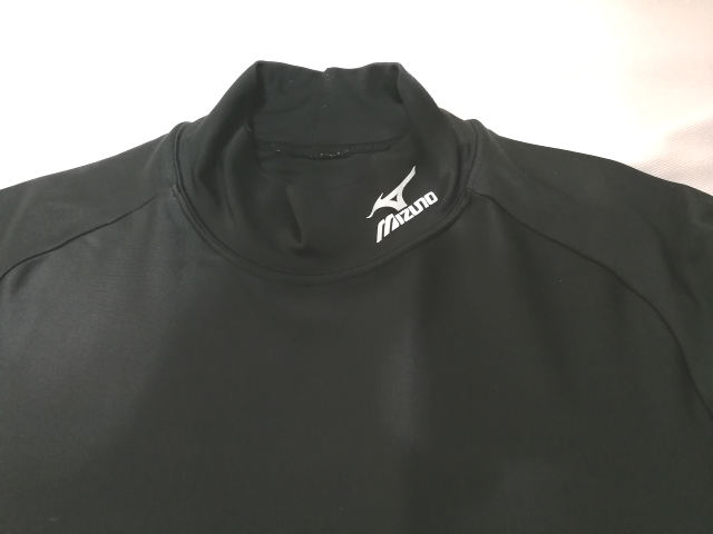 ミズノ コンプレッションシャツ2 首周り