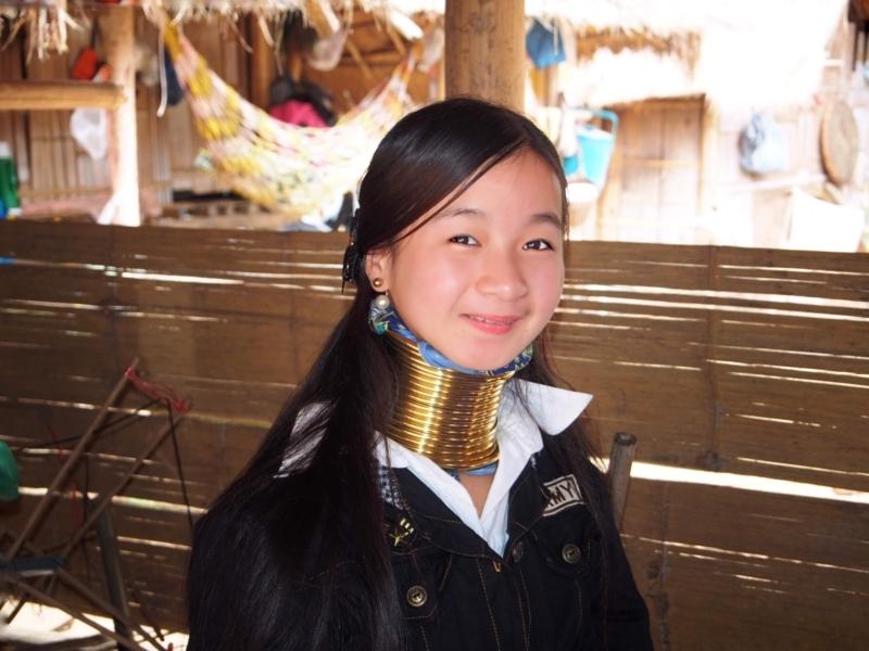 首長族の村にいた女の子