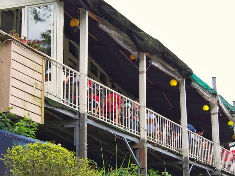 台北の猫空にある清泉山荘の見晴らしの良い屋外席