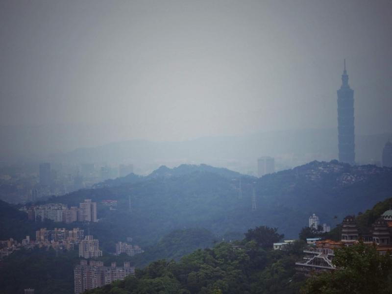 台北の猫空にある清泉山荘からうっすらと見える台北101