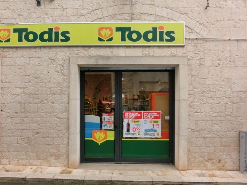 アルベロベッロのスーパーマーケット「Todis」