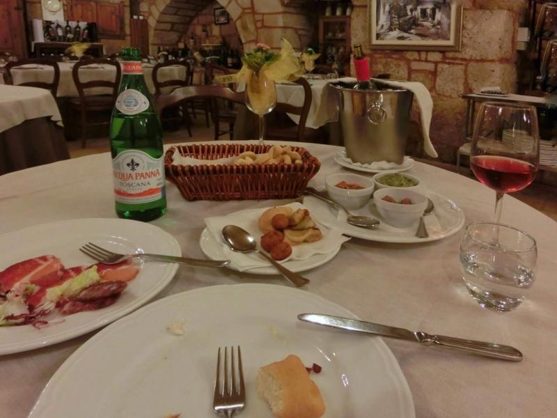 アルベロベッロのレストラン「カサノバ(Casa Nova)」の前菜