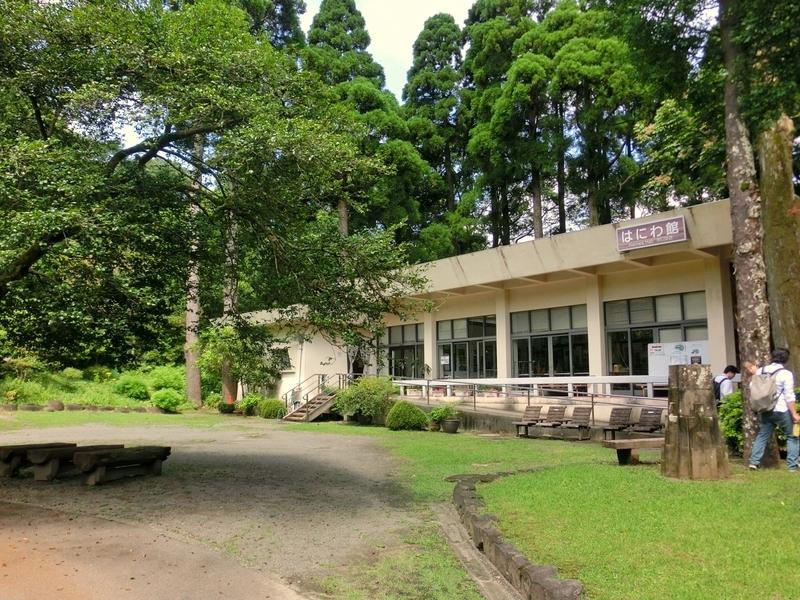 宮崎市の平和台公園にあるはにわ園のはにわ館