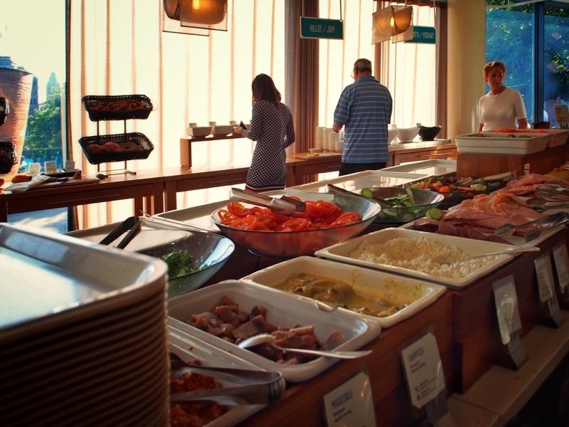スカンディックシモンケンタの朝食会場となるレストラン