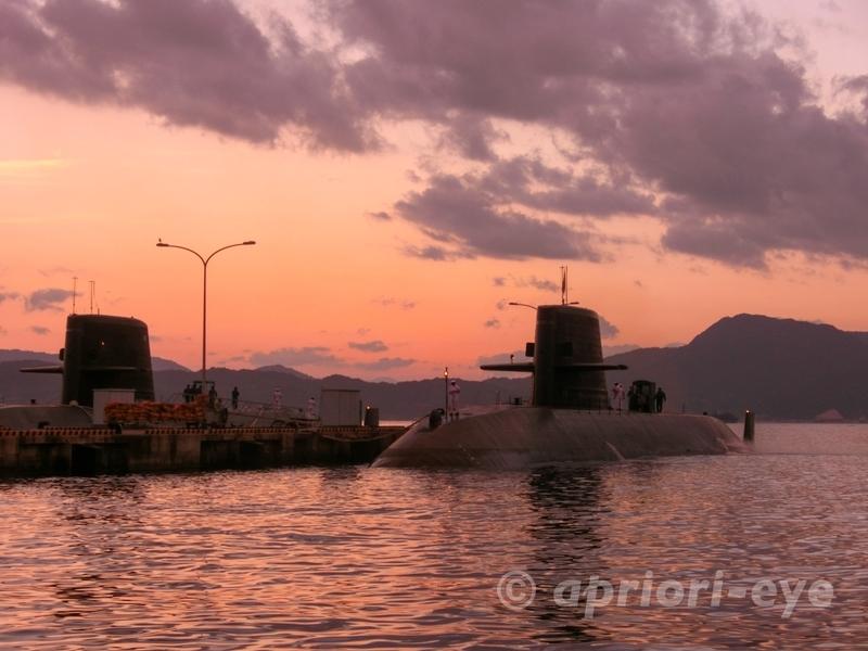 夕呉クルーズから見ることができる海上自衛隊潜水艦