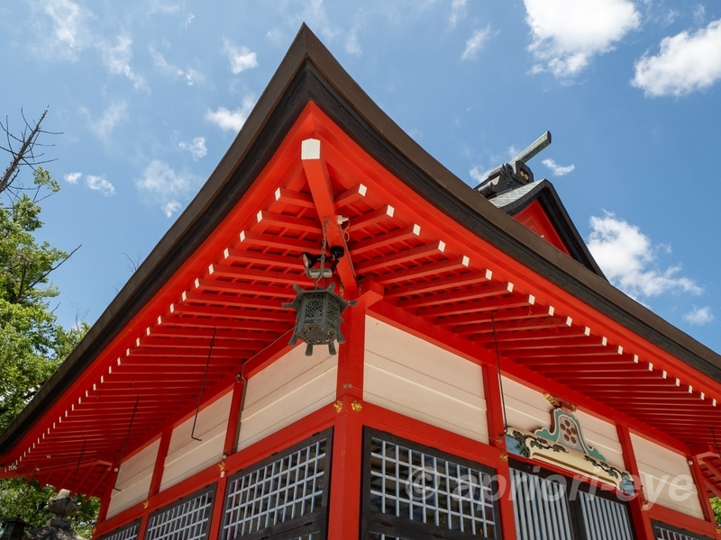 天神 深志神社の赤い建物