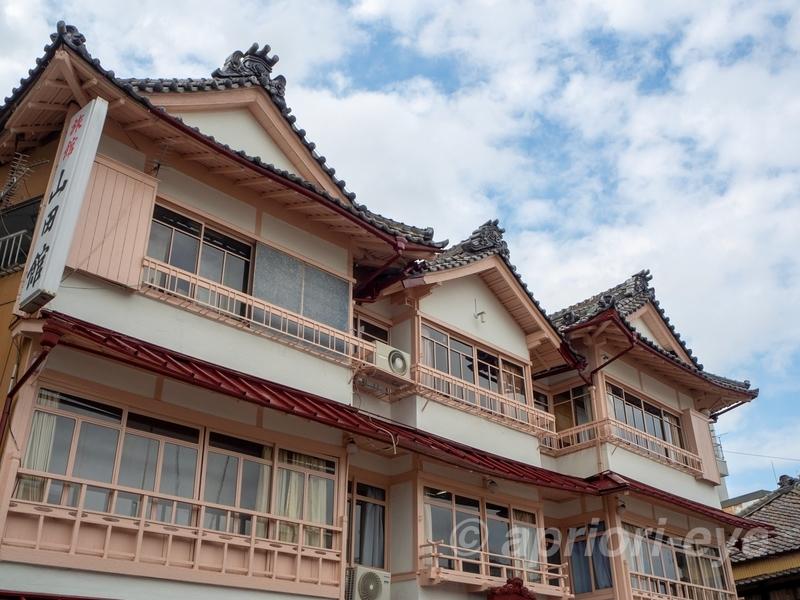 旅館「山田館」の古い建物