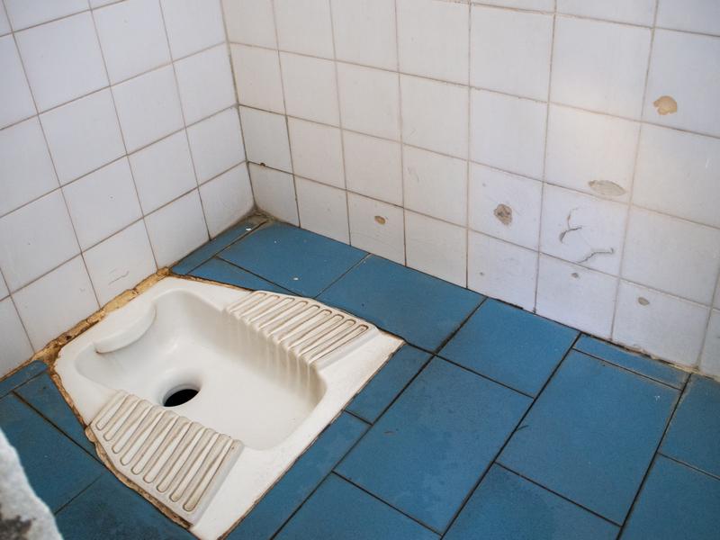 メテオラの最寄り駅となるカランバカ駅のトイレ