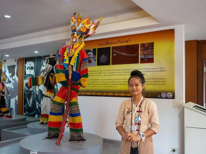 ダーンサーイのポーンチャイ寺にあるピーターコーン博物館のガイド