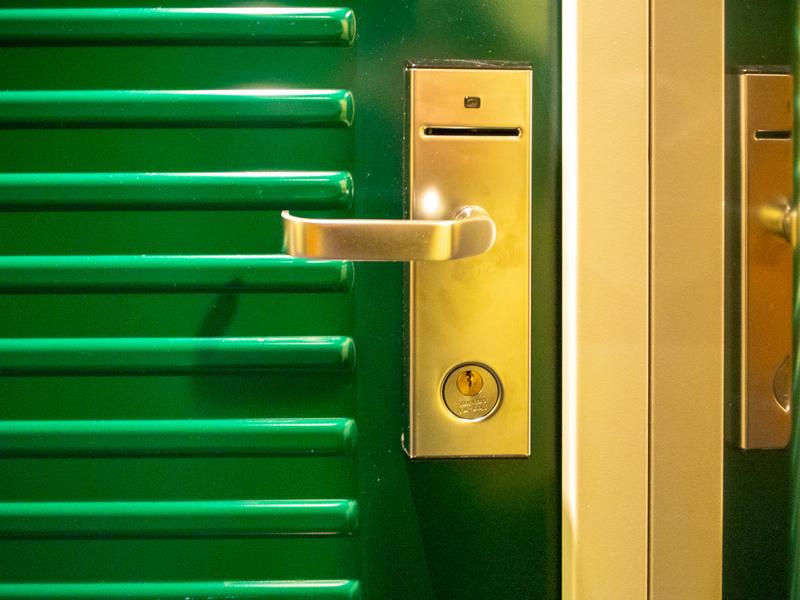 タリンクシリヤラインのBaltic Queen内にある客室のドア