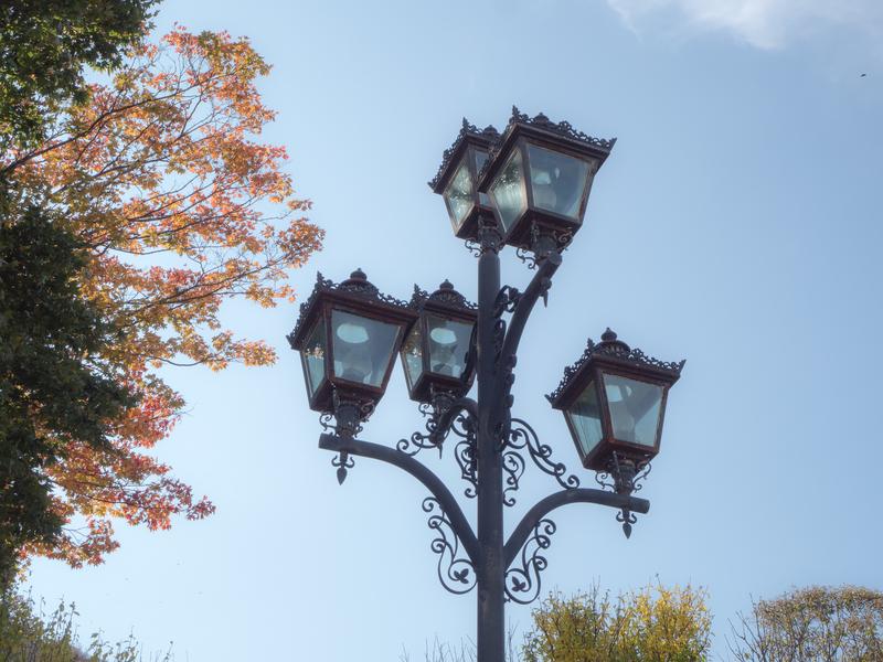 函館市の元町公園の洋風の街灯