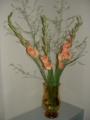玄關生花:グラジオラス&アスパラガス