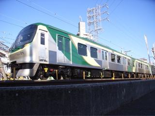 東急池上線新型車両7000系(雪が谷大塚)