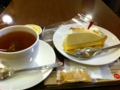 上島珈琲店のレモンヨーグルトケーキを食べました。