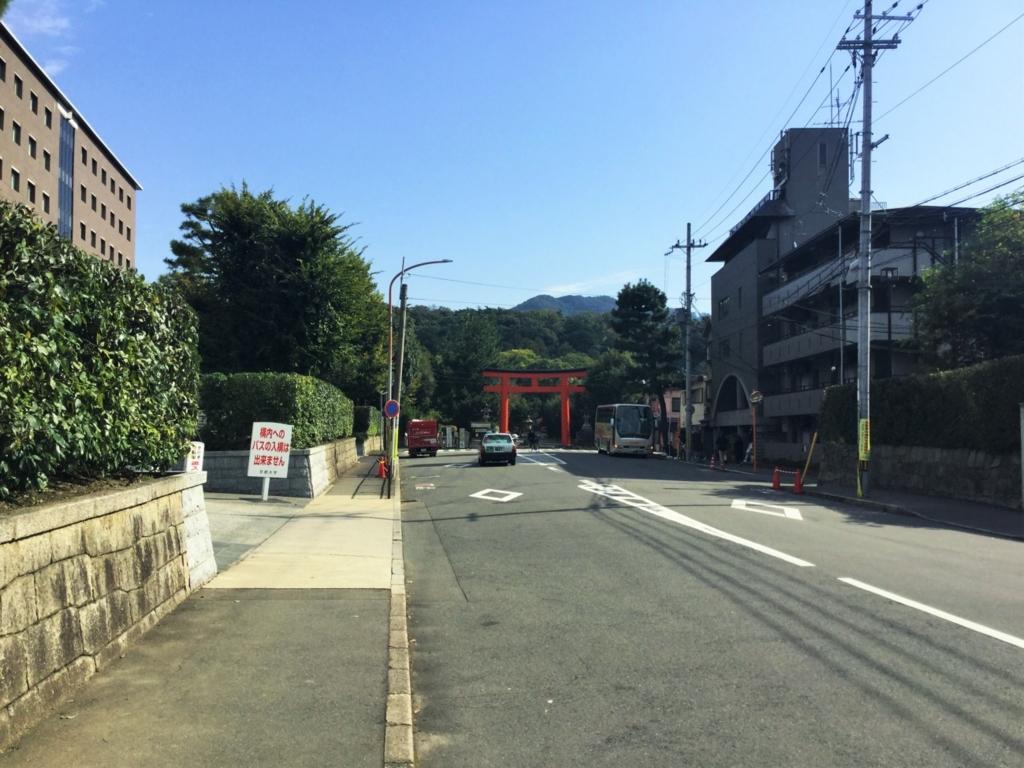 京都大学大学正門から吉田山