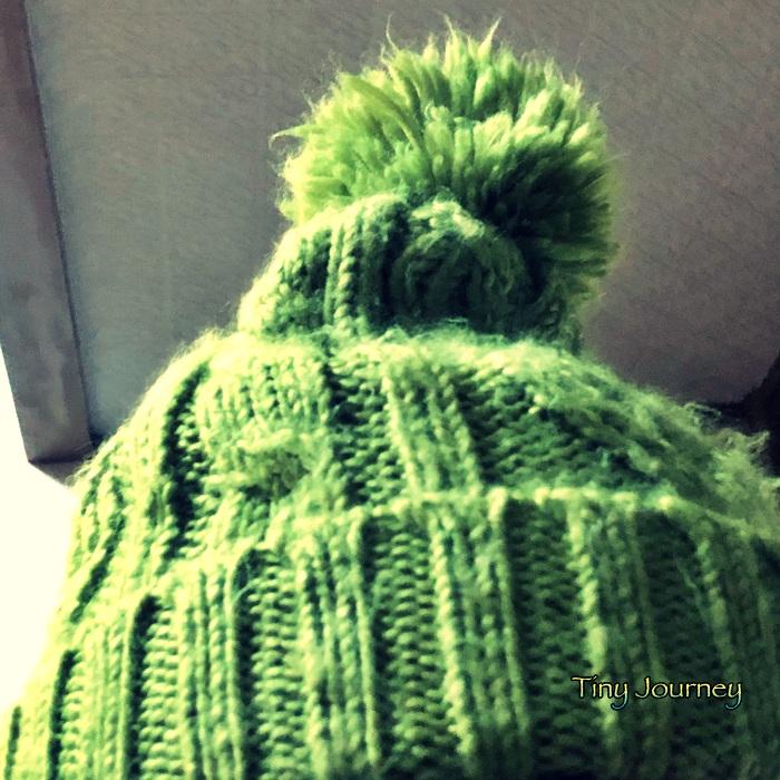 黄緑のニット帽