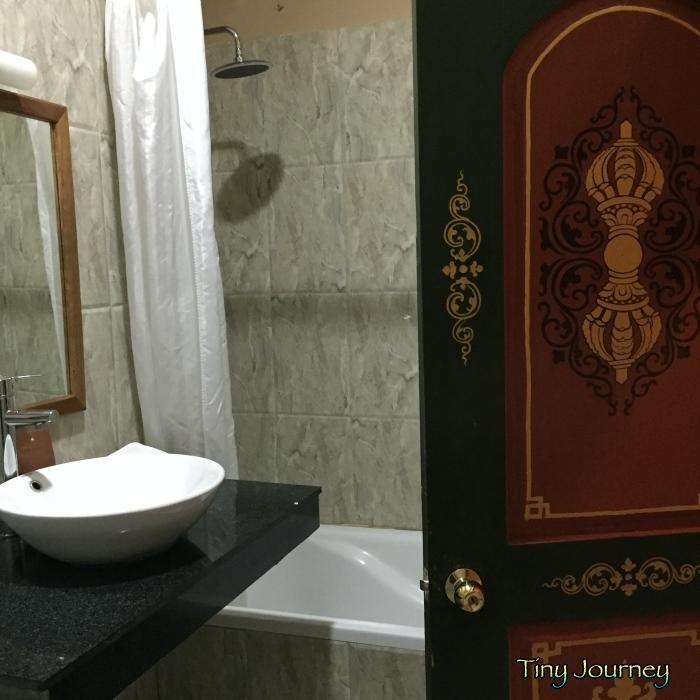 ティンプーで泊まったホテルのバスルーム