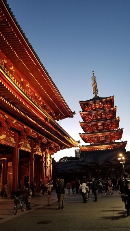夕焼け浅草寺