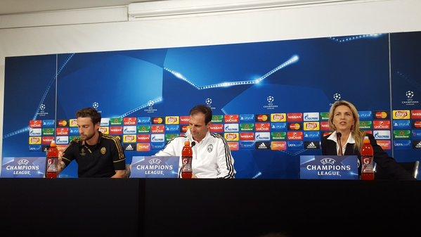 画像:前日会見に応じるマルキージオ選手とアッレグリ監督