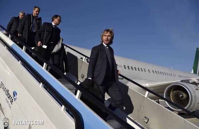 画像:アリタリア航空でポルト入りしたユベントス