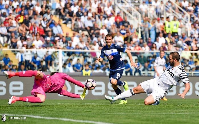 画像:ドッピエッタの活躍でチームを牽引したイグアイン