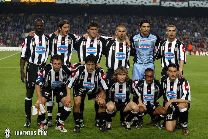 画像:2002/03 UEFA CL 準々決勝セカンドレグ、バルセロナ戦に先発したユベントスの選手