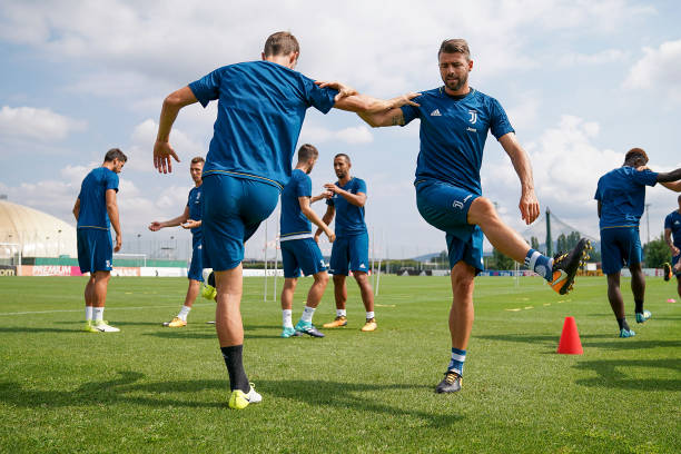 画像:ラツィオとのスーペルコッパに向けて調整する選手たち