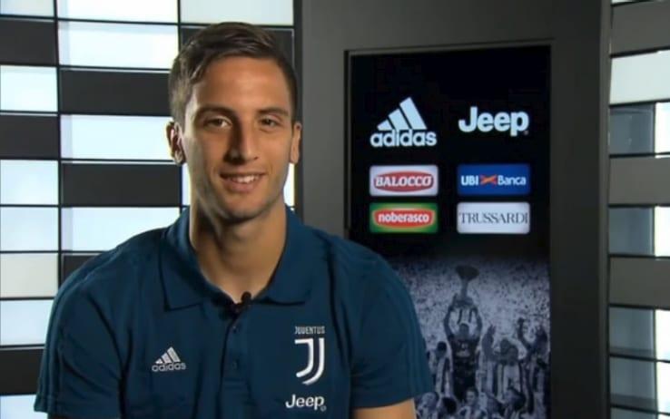 画像:スカイ・イタリアのインタビューに応じたベタンクール