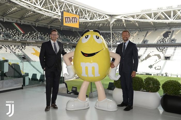 画像:Juventus x M&M's