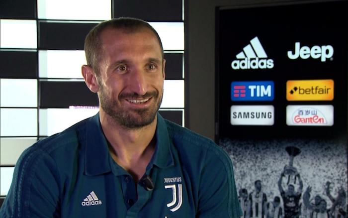 画像:インタビューに応じたキエッリーニ