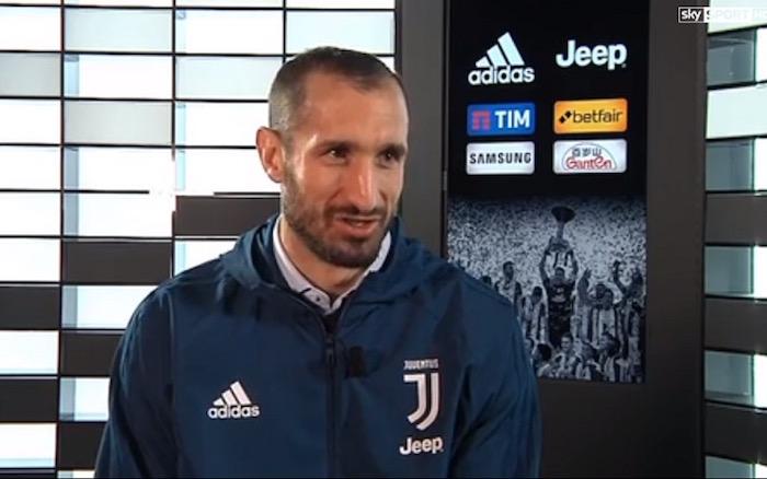 画像:新年最初のインタビューに応じたキエッリーニ