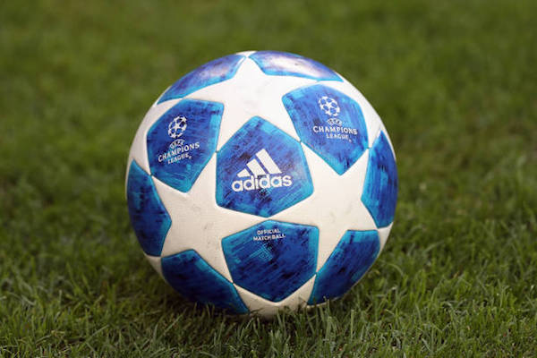 画像:2018/19 UEFA Champions League - Match Ball