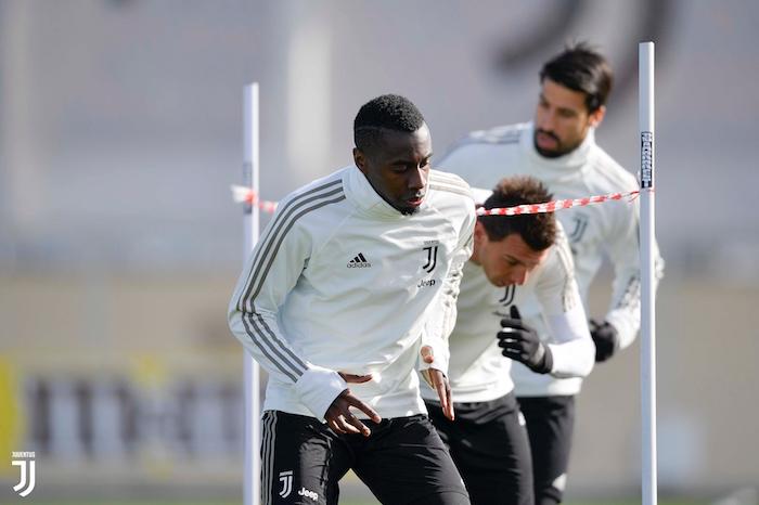 画像:コンティナッサの練習場で調整する選手たち