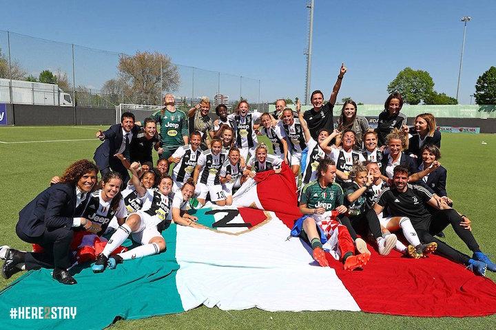 画像:2018/19 女子セリエAを制し、連覇を達成したユベントス・女子チーム