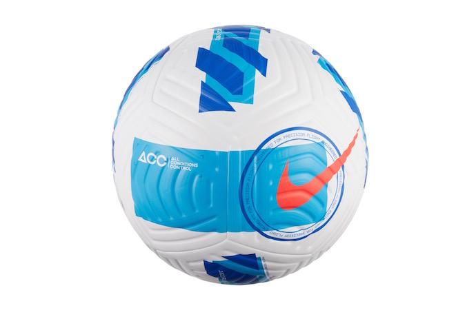 画像:2021/22 セリエAの公式球