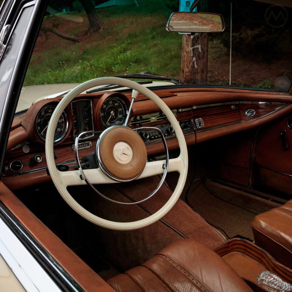 1966年メルセデスベンツ250SEオートマチック