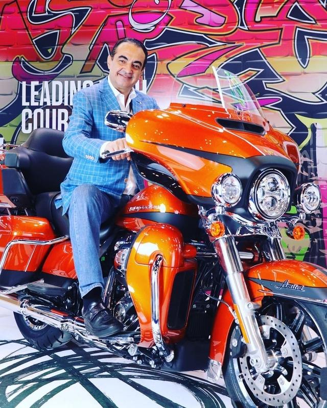 """Four wheels move the body, two wheels move the soul"" #dekkak #mohameddekkak #riders #bikeri"