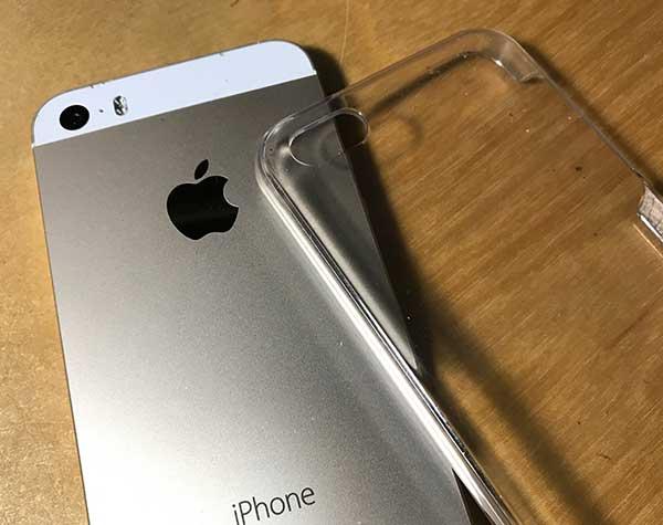 iPhoneとクリアカバー