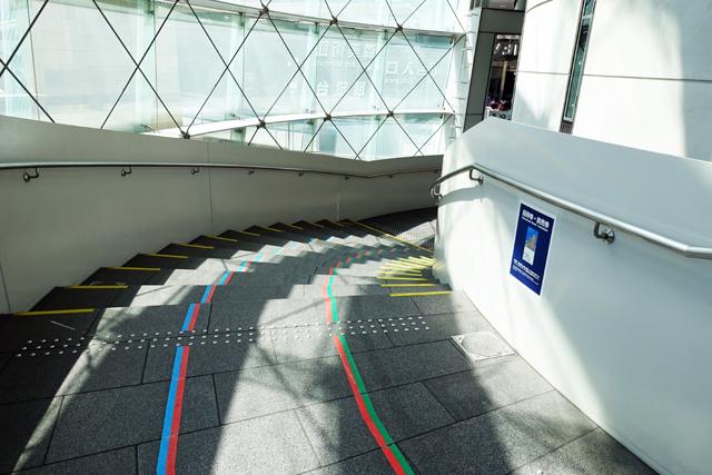 展望台へ進む階段